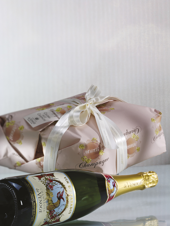Colomba con uvetta imbevuta nello champagne de Venoge senza agrumi canditi