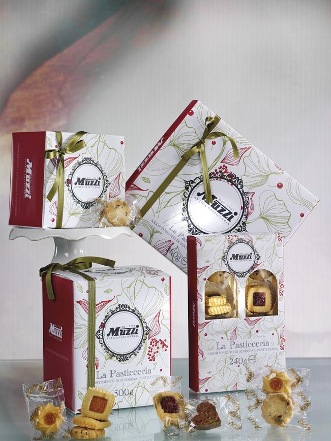 Scatole pasticceria assortita dolcezze Muzzi Natale