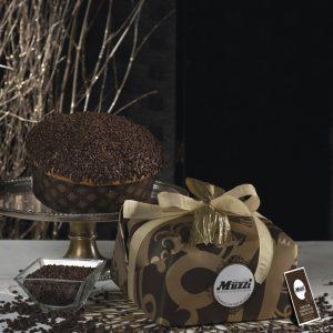 Panettone ricoperto di cioccolato e fave di cacao Muzzi Gran Classica