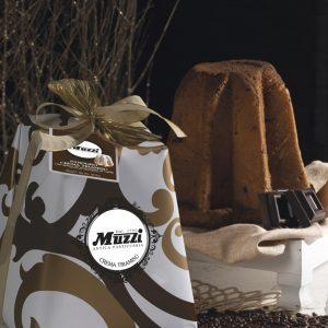 Pandoro tiramisu e gocce cioccolato caffe Muzzi Gran Classica