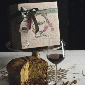 Panettone imbibito con vino amarona della valpolicella Muzzi